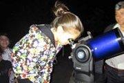 Observation d'un ciel d'été, a la decouverte des etoiles et de l'univers avec NeosKids