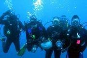 Diving & beach activities at Green beach maameltein