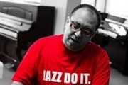 Live acoustic Jazz: Piano, double bass, drums
