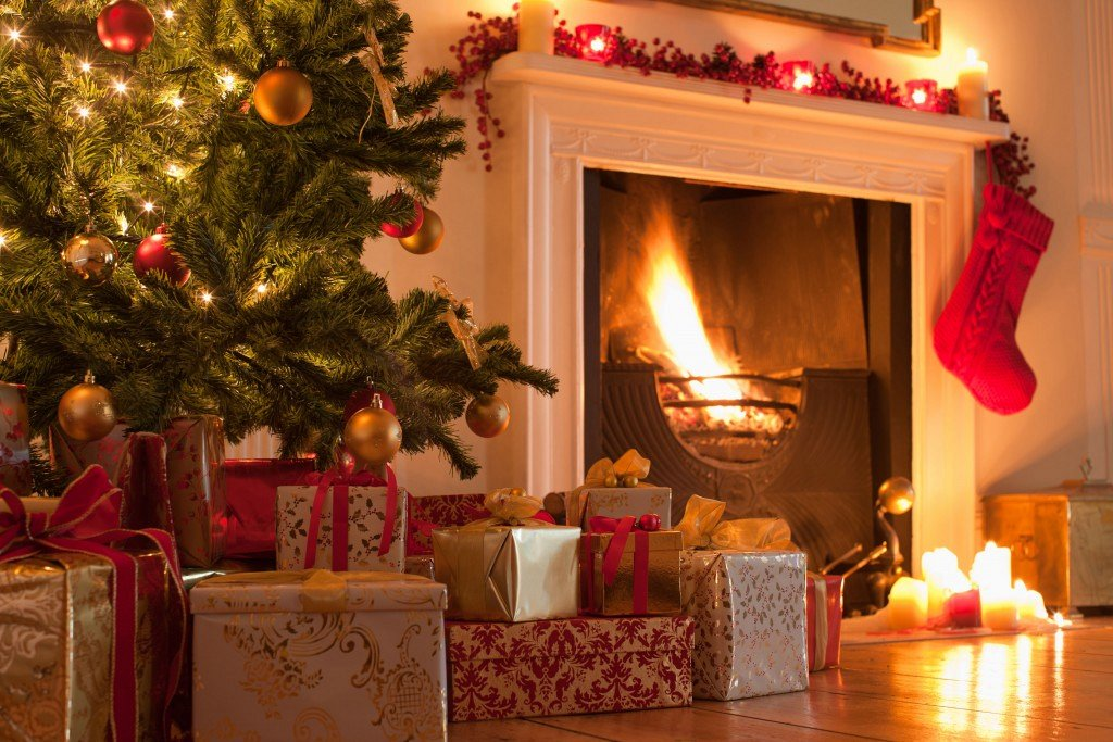 International Christmas Eve by the Chimney - Internations Gathering   Lebtivity