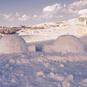 Igloo building day with The Wolves Clan « Lebtivity
