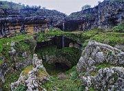 Hiking Tannourine to Balou Balaa with Lebanese Explorers