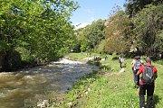 Hiking near Al-Jouz River, Photoshooting Kfarhilda Waterfall with Footprints Club