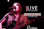 Romy live at The Poolhouse of The Smallville Hotel