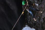 RAPPEL - ESCALADE ON SNOW with Skyline Team